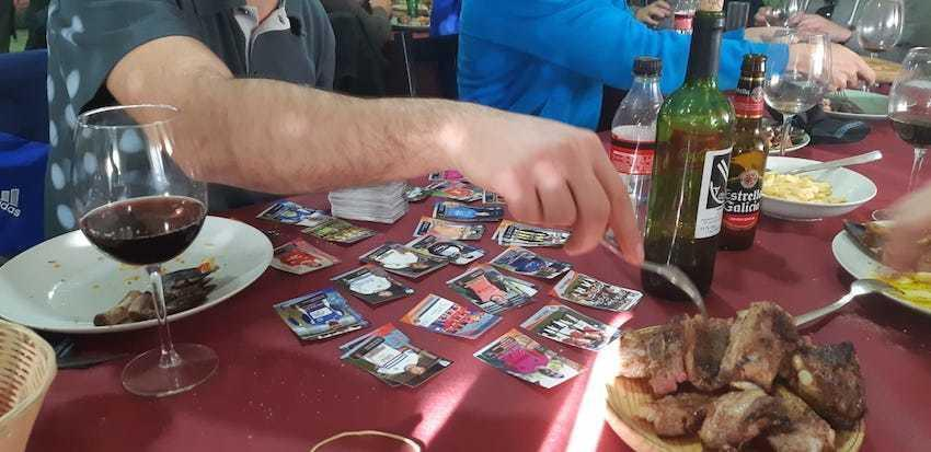Churrasco e cromos do Futbol da Costa